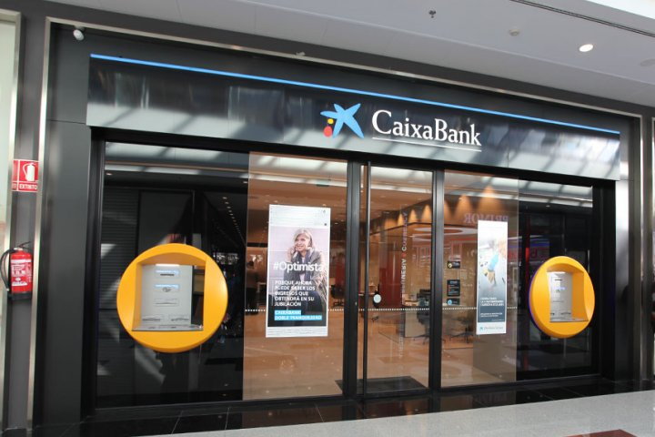 Caixabank nevada shopping for Caixabank horario oficinas