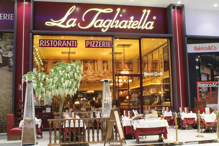 Restaurante La Tagliatella Nevada Shopping