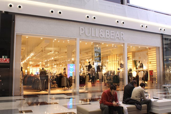 Tienda Pull and Bear Nevada Shopping